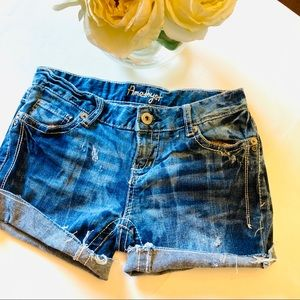 Amethyst bleached cut off jean shorts size 5